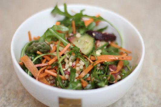 Израильский салат с морковью