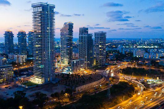 Тель-Авив - современный город в стиле хай-тек