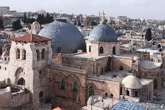 Храм Гроба Господня - святая святых мирового христианства, встреча с которой становится одним из самых главных событий в жизни благочестивых паломников