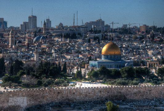 Весна - одно из самых комфортных и прекрасных времён года в Иерусалиме