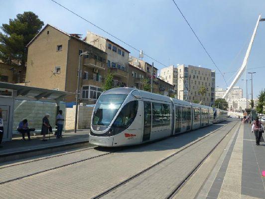Общественный транспорт Тель-Авива