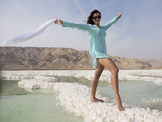 Мёртвое море старается посетить каждый, кто приезжает в Израиль