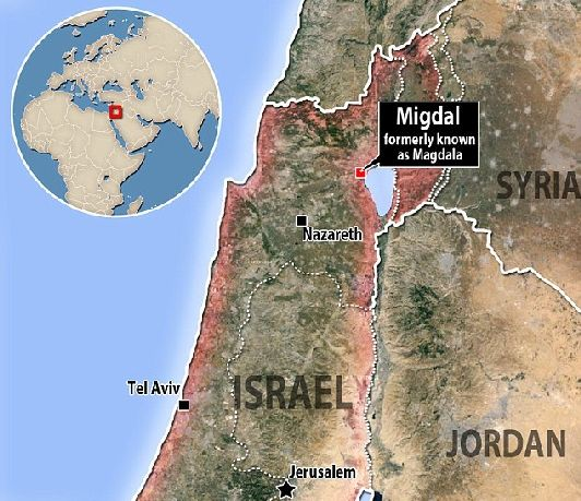 Галилейское море, или озеро Кинерет на карте Израиля находится в северо-восточной части страны, между Голанами и Галилеей