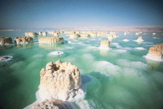 В Израиле Мертвое море как никогда близко, не упустите возможность оценить всю красоту этого чуда природы