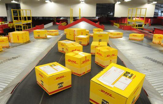 Частные операторы доставляют посылки за более высокую цену, чем государственная почта