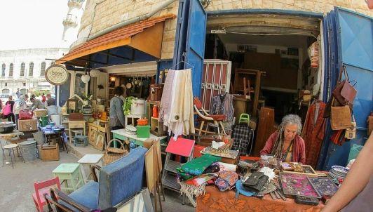 Блошиный рынок в Хайфе интересен не только товаром, но и людьми, обстановкой, атмосферой истории