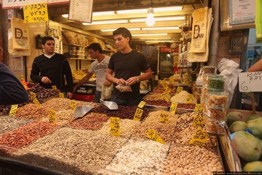 На рынке Mahane Yehuda всегда самые свежие и вкусные продукты