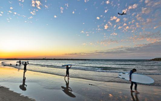 Самое благоприятное время для серфинга в Израиле - весна и осень