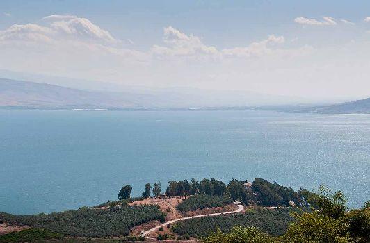 Озеро Кинерет -  курорт изысканный и уникальный в своем роде