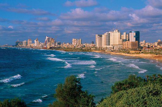 Тель-Авив - для тех, кто ищет одновременно отдых ня пляжи и развлечения в самой гуще событий