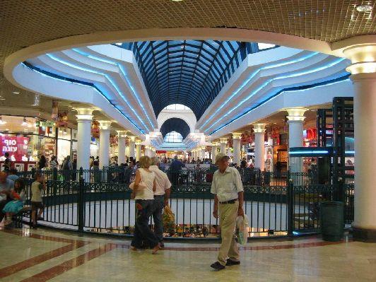 Малха - один из самых крупных торговых центров Иерусалима